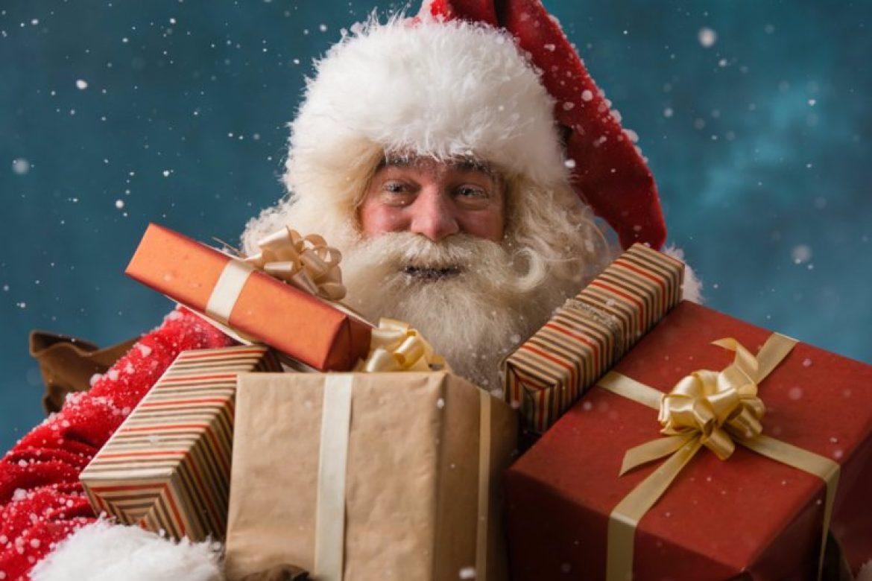 Deda Mraz kupio sebi poklone u Ušću